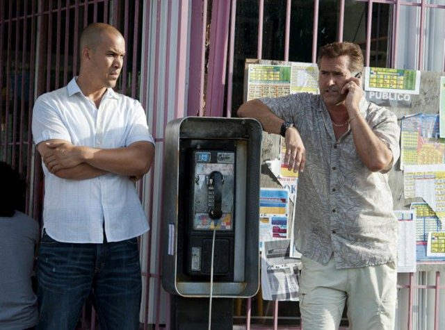 burn-notice-may-get-spin-off-centering-on-sam-and-jesse
