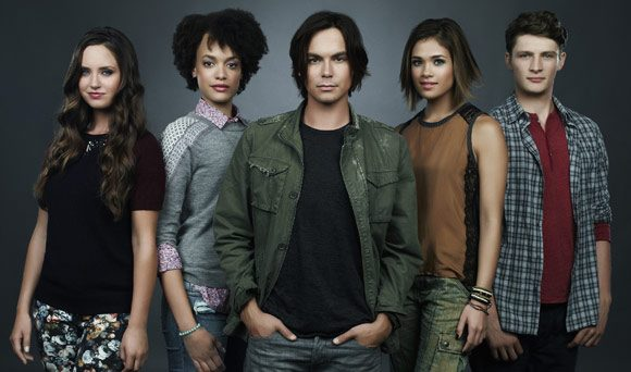 Everything-We-Know-Abouat-Ravenswood