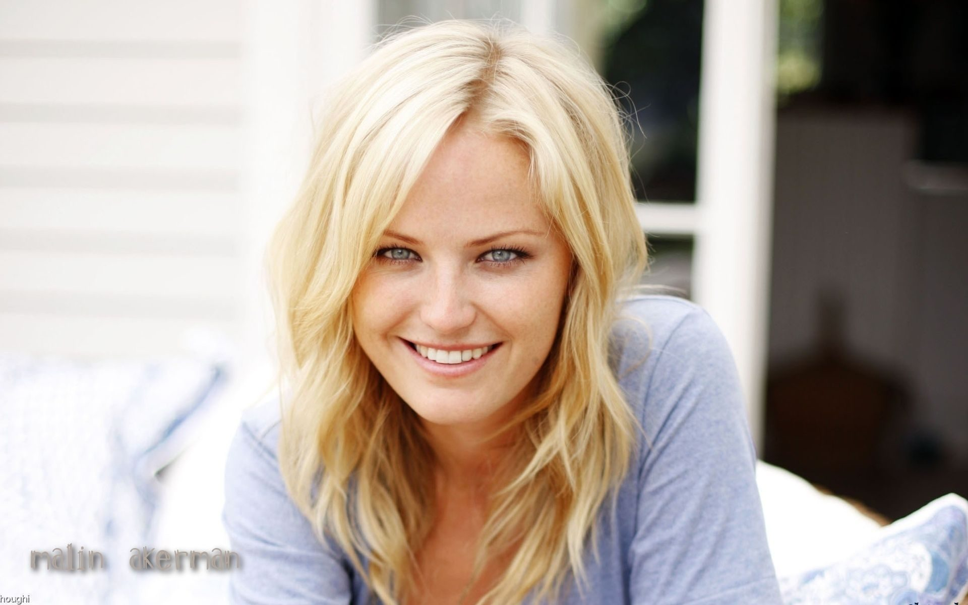 Malin Akerman Joins Showtime Pilot 'Billions'