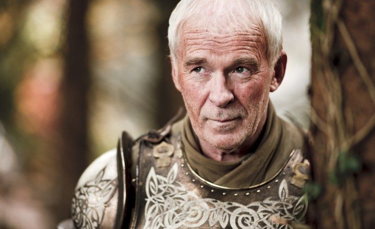 Compare the Throne: Game of Thrones Season 5 Episode 4 Barristan Selmy Gets Stabbed