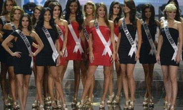 """Univision Cuts """"Miss Universe"""" Pageant Following Trump's Racist Remarks"""