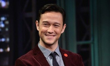 Joseph Gordon-Levitt Takes on 'The Mindy Project' Season 4 Premiere