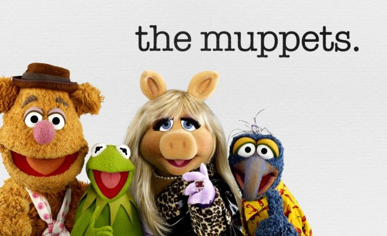 Kermit The Frog And Miss Piggy Break Up Before 'The Muppets' Premiere