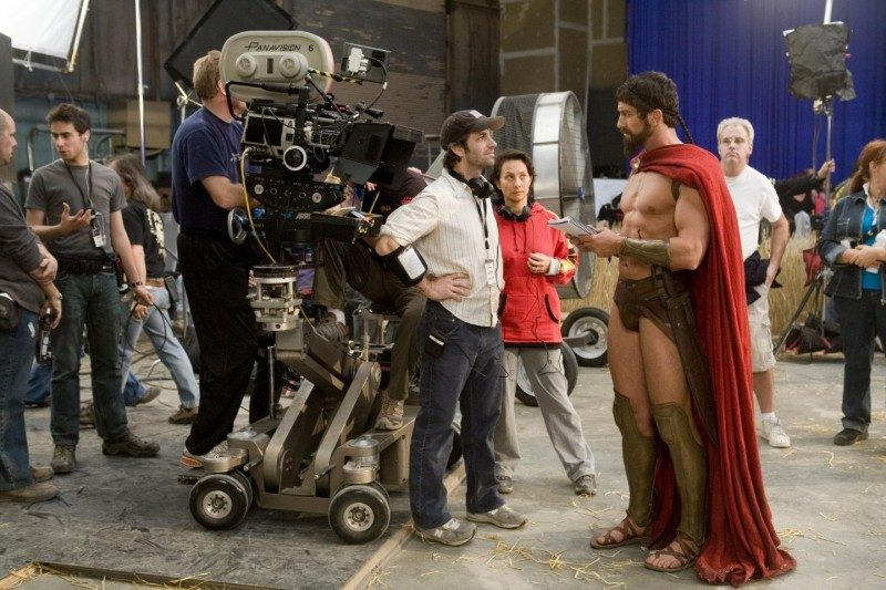 Snyder and Gerard Butler on the set of '300'