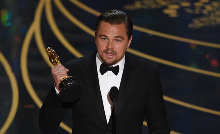 Oscars Loses Viewers, Wins Twitter