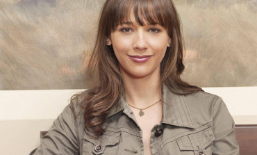 'Parks and Rec' Rashida Jones's Dramedy 'The Claw' Ordered by TNT