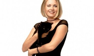 """Melissa Joan Hart in Talks to Reboot """"Clarissa Explains It All"""" or """"Sabrina the Teenage Witch"""""""