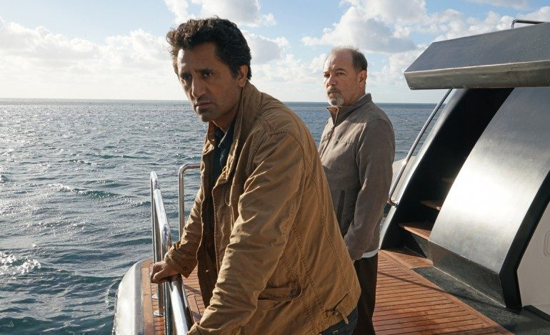 AMC Renews 'Fear the Walking Dead' for Third Season