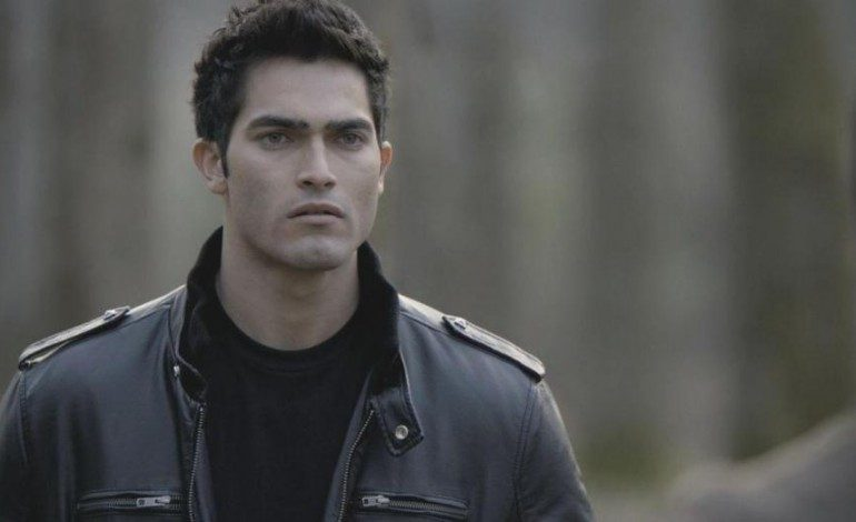 Tyler Hoechlin Cast as Superman in Season 2 of 'Supergirl'