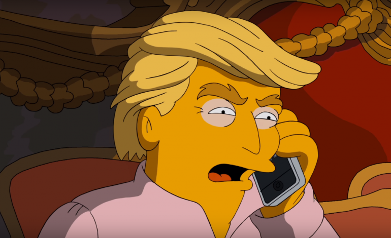 Homer and Marge Simpson Endorse Hillary Clinton in 'Simpsons' Clip