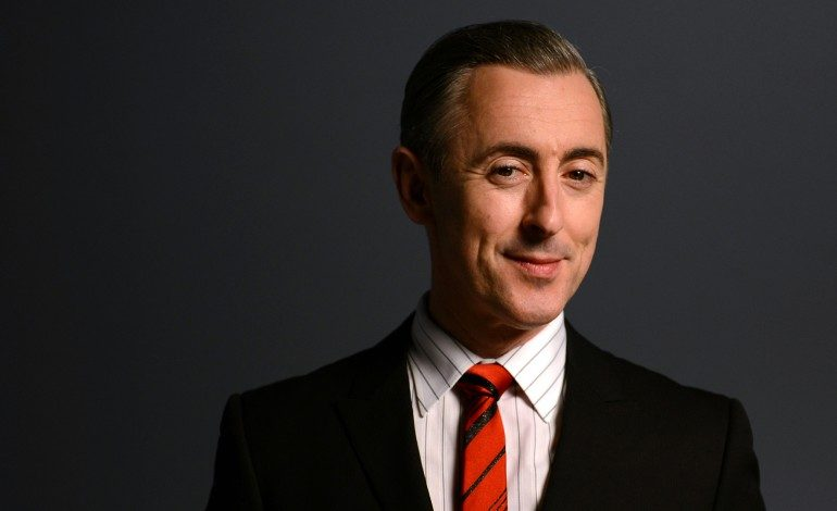 Alan Cumming Cast in CBS Pilot 'Dr. Death'