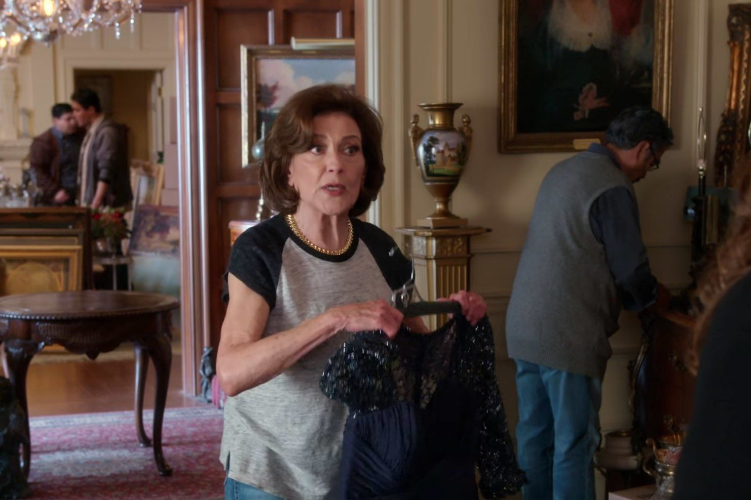 kelly bishop talks emily 39 s journey on 39 gilmore girls a year in the life 39 mxdwn television. Black Bedroom Furniture Sets. Home Design Ideas