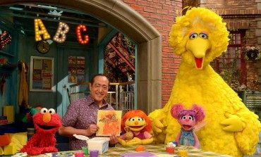'Sesame Street' Keeping Pace With Diversity, Debuts Autistic Muppet Julia