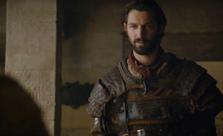 Michiel Huisman Cast in Netflix's Horror Series 'Haunting of Hill House'