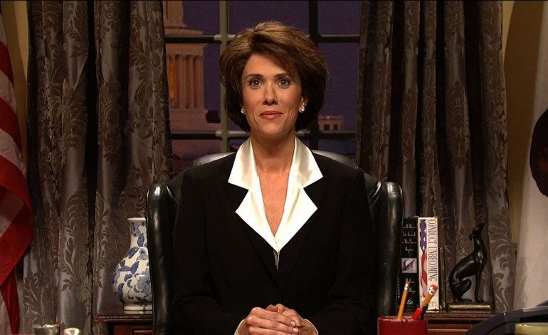 Kristen Wiig returns to the small screen in Reese Witherspoon comedy for Apple