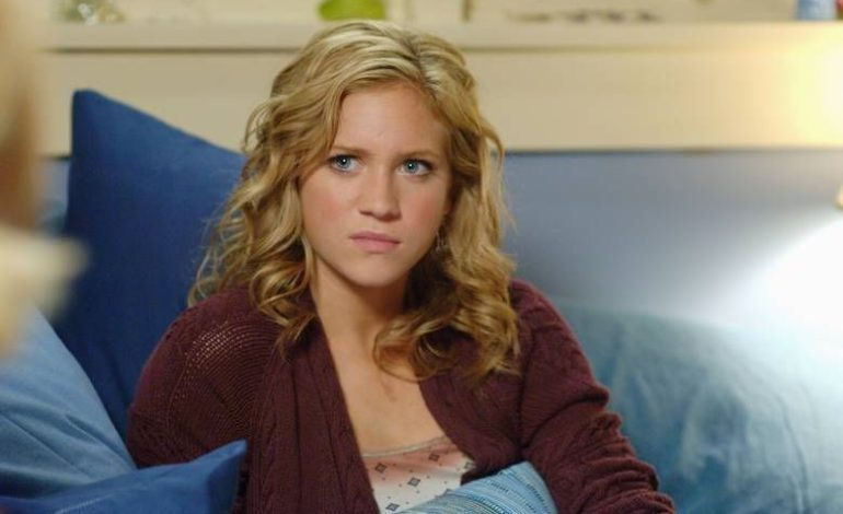 Fox Adapts Australian Drama 'Sisters' with Brittany Snow