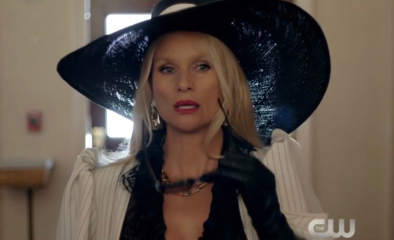 'Dynasty' Reveals New Actress For Alexis Carrington Role