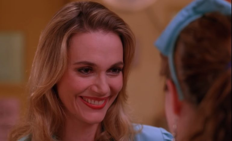 Peggy Lipton of 'Mod Squad' and 'Twin Peaks' Dies of Cancer at 72