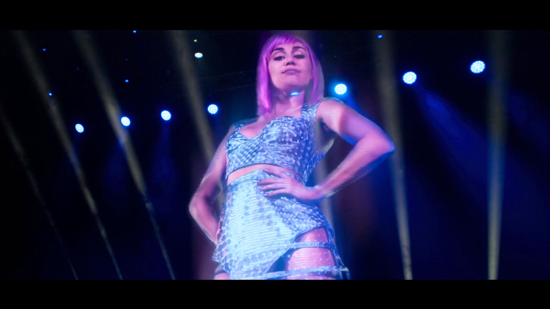 https://television-b26f.kxcdn.com/wp-content/uploads/2019/06/Miley-Cyrus.png