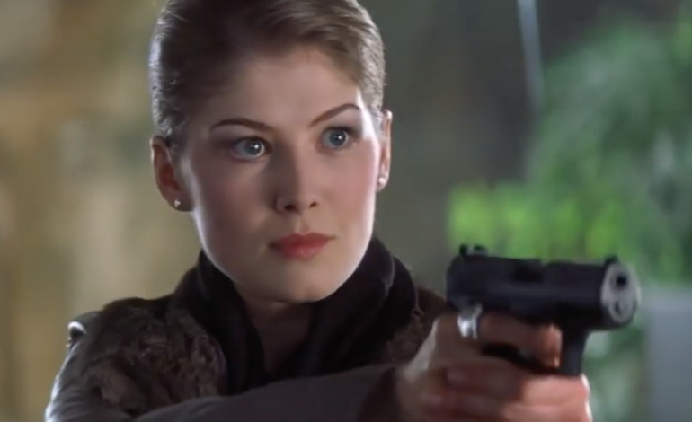 Rosamund Pike to Star in Amazon's 'Wheel of Time' Adaptation to Series