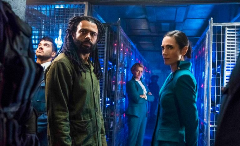 Showrunner Graeme Manson and Cast of 'Snowpiercer' Reveal Major Differences From the Film During Comic Con Press Conference