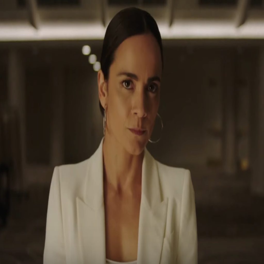 Usa Network Orders Queen Of The South Season 5 Mxdwn Television
