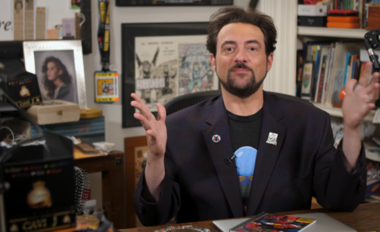 Kevin Smith Hosting 'Crisis Of Infinite Earths' After Show On The CW