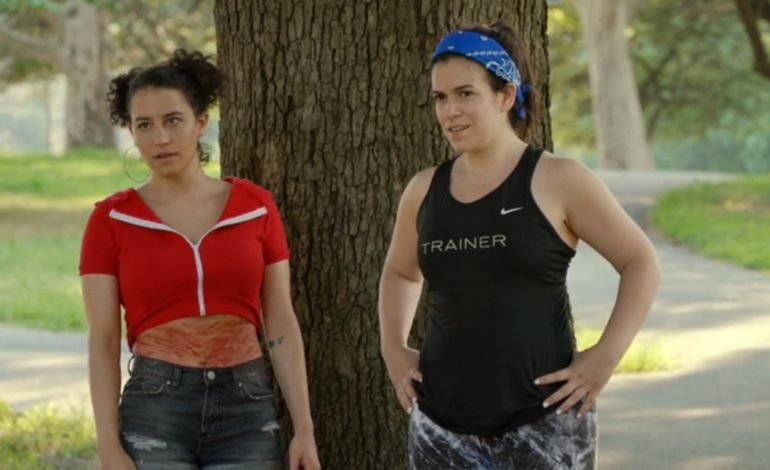 Abbi Jacobson, D'Arcy Carden to Star In Amazon's 'A League of Their Own' Adaptation