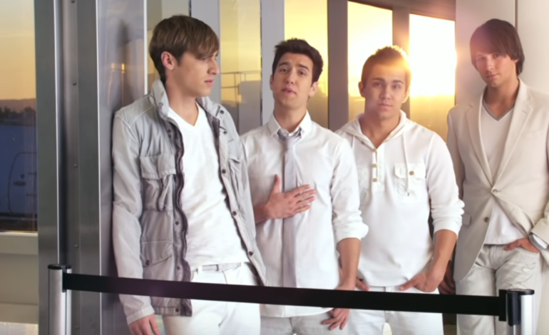'Big Time Rush' Cast Performs 'Worldwide' on Zoom
