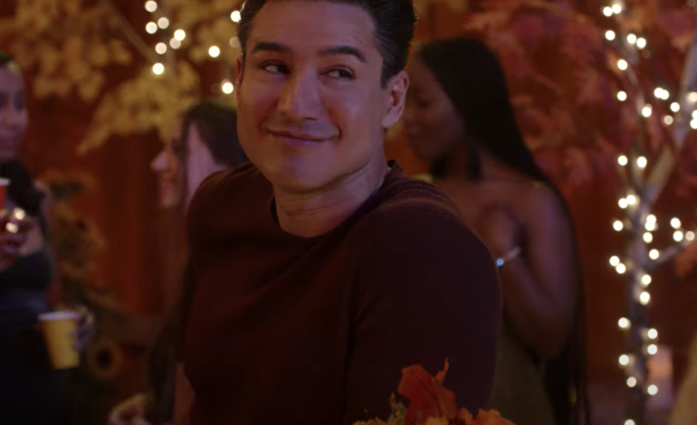 Mario Lopez and Elizabeth Berkley Lauren Set to Return to Bayside High in 'Saved by the Bell' Sequel, Teaser Trailer Released by NBC'S Peacock