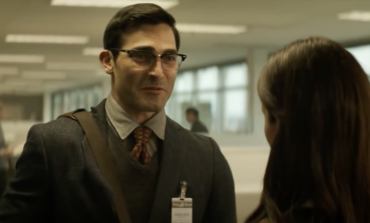 'Superman & Lois' Releases New Clip of the Couple's First Meeting